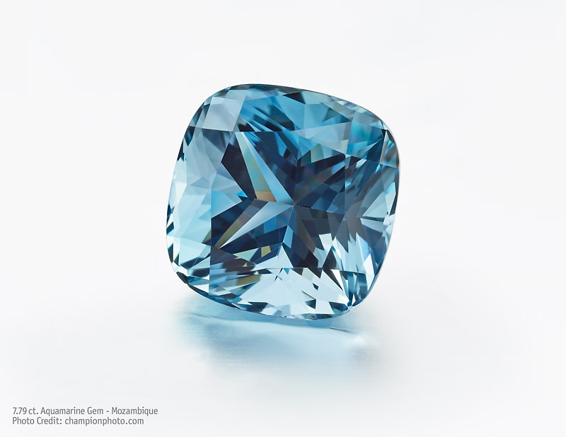 7.79 ct Cushion shaped Aquamarine from Mozambique